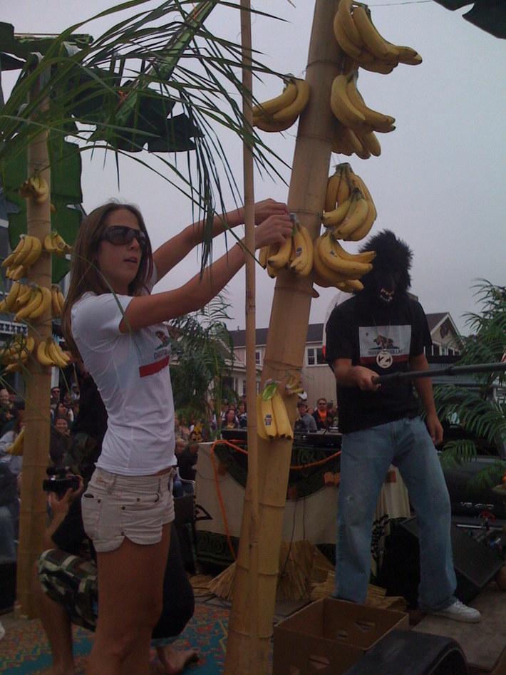 Ashley pickin bananas