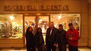Disfrutando con Mr Lazlo// En la Plaza Rockfeller Center