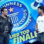 Master Mahesh Navale, 'Guinness Book Records' with Salmaan Khan