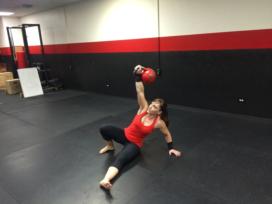 Katie Kettlebelle 32kg Getups