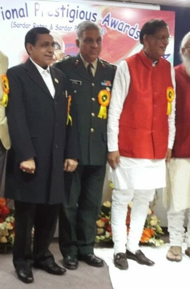 With Padma Bhushan Dr Bindeshwar Pathak and Brig Dr Ajay Sharma during Sardar Patel Award function in Delhi