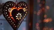 ob_15e8d8_heart-lantern