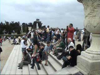 Crowds at Versaille