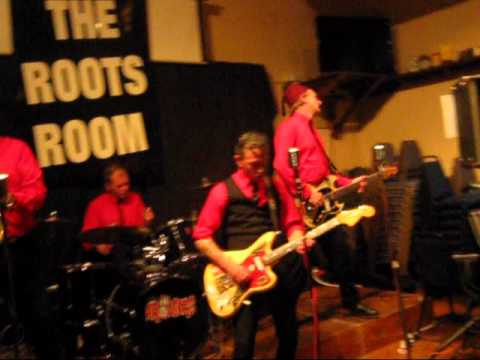 The Arousers Live At The Roots Room, Royal Oak, Ockbrook (Retroman68)