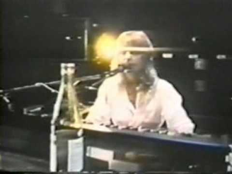 Fleetwood Mac - You make loving fun 1977 LIVE Full version