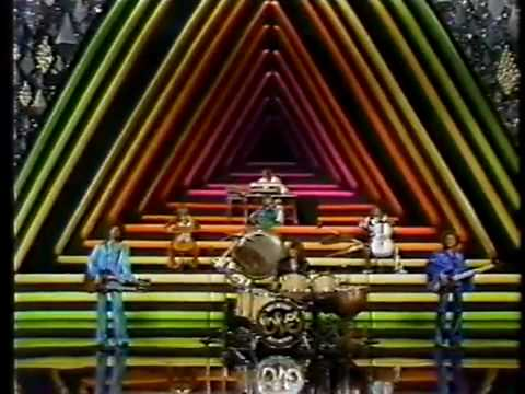 ELO - Livin' Thing - American Music Awards 31th Jan 1977