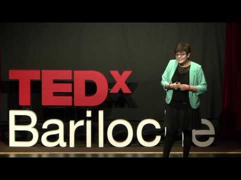 ¿De qué trabajo cuando no trabajo? | Verónica Garea | TEDxBariloche