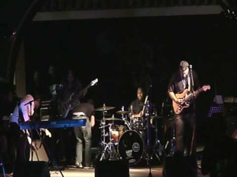 """Derek Mack Band performing """"Kakky's Groove"""""""