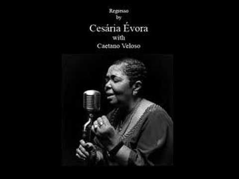 Regresso, de Amílcar Cabral, por Cesária Évora e Caetano Veloso