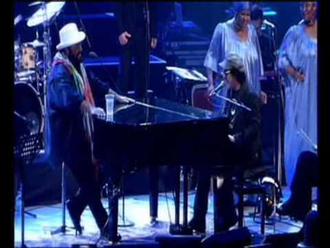 Pavarotti e Zuchero misere