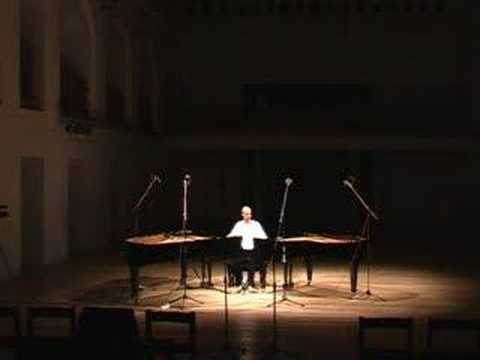 Unique performance of Steve Reich - 1 musician on 2 pianos