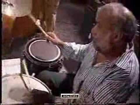 O Morro (Tom e Vinícius) - CHICO BATERA TRIO