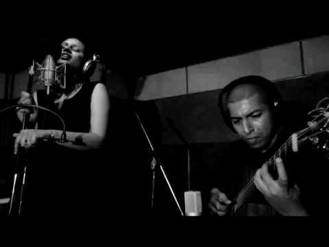 Adil & Vasundhara - Hymne A L'amour
