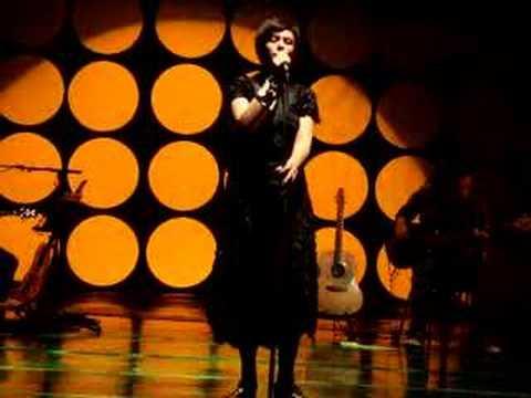 """Fernanda Takai - """"Estrada do Sol"""" (Dolores Duran - Tom Jobim)"""