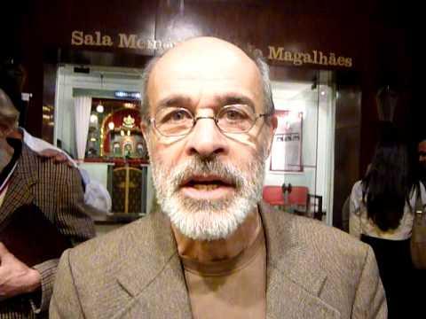 Osmar Prado mostra indignação com a situação da educação RJ