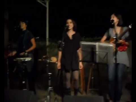 """Amaranto canta """"Aquarela do Brasil"""" de Ary Barroso"""