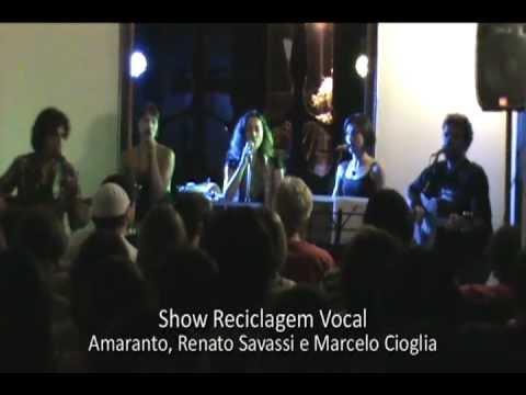 """Amaranto, Renato Savassi e Marcelo Cioglia cantam """"Helplessly hoping"""""""