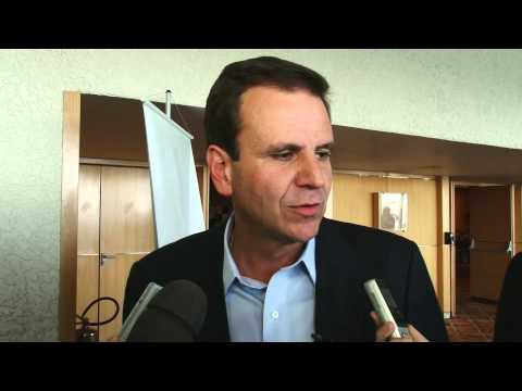 Paes fala sobre o novo Rio para representantes do setor imobiliário