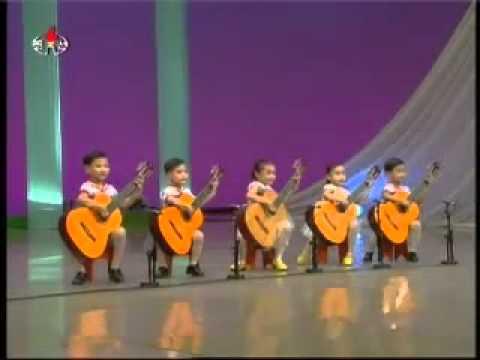 Quando eu crescer, quero tocar violão assim.