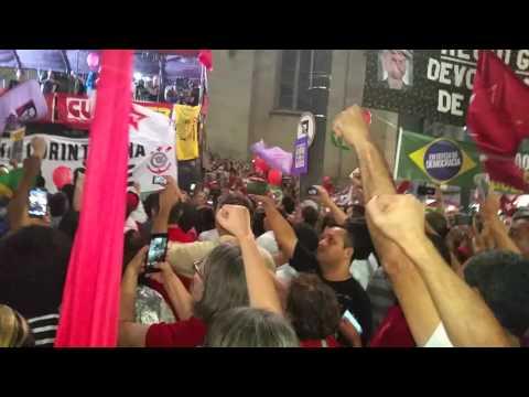 Hino Nacional a 60 mil vozes na praça da Sé, 31 de março de 2016