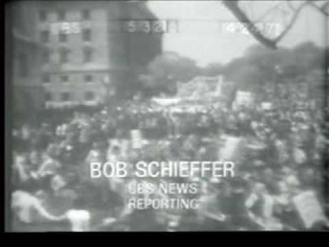 200,000 at Washington Peace march (April 1971 John Kerry speaks and John Denver sings)