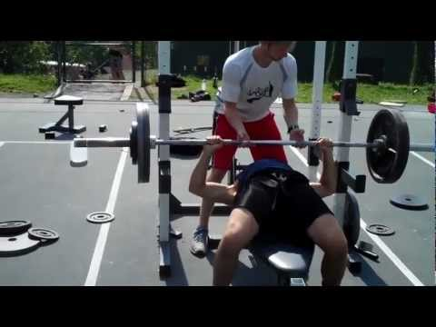 Heavy Bench Pressing at the Woodstock Fruit Festival 2012