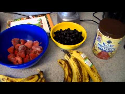 Raw till 4 High Carb Vegan - What I eat in a day.