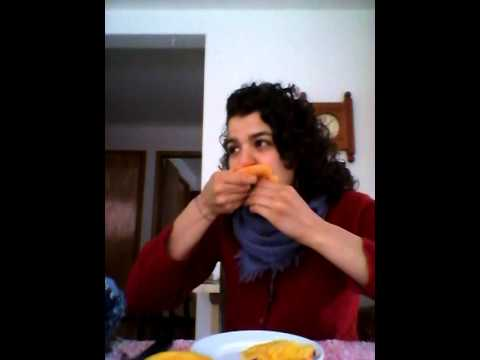 Watch me eat a mango in less than 1 min !!!
