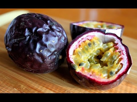 When is a passion fruit ripe? I show you how to know! - Fruitarian Raw Vegan