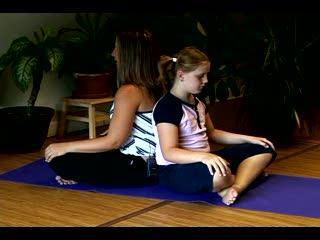 How To Teach Yoga & Meditation For Children : How To Teach Kids The 3 Part Breath