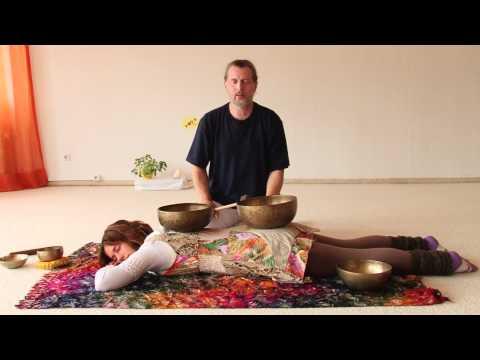 Tibetische Klangmassage - Interview und praktische Vorführung  mit Ausbildungsleiter Bhajan Noam