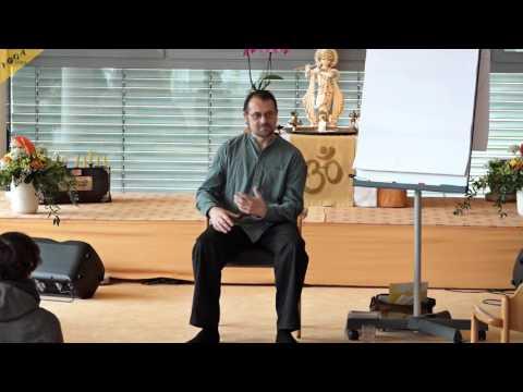 Ayurveda Kongress 2016: Ayurvedischer Umgang mit heimischen Kräutern mit Markus Ludwig
