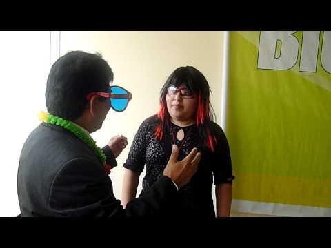 Entrevista a Monica Dextre en la fiesta del Cafe