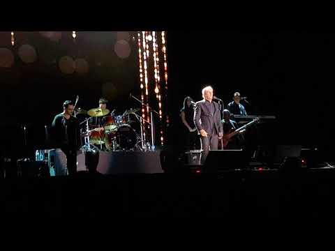 Michael Bolton - Go The Distance (live in Bangkok 11/11/17)