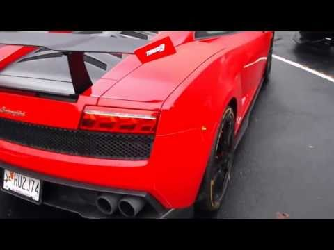 Lamborghini Murcielago Red in the rain