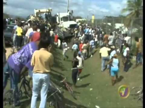 TVJ - DEADLY ACCIDENT ON BUSTAMANTE HIGHWAY {3 ADULTS & BABY DIED} {JAMAICA}