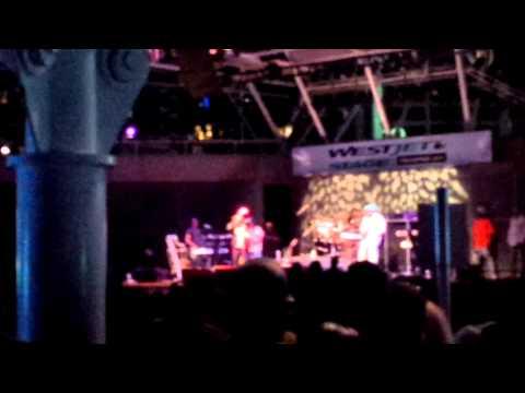 I-Wayne Live @ Harbourfront Center 2013 Toronto, Canada