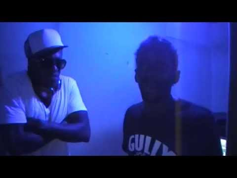 GULLY BAP & M-GEE VYBZING A NEW SONG IN THE STUDIO VIDEO FACE ISLAND JAMS