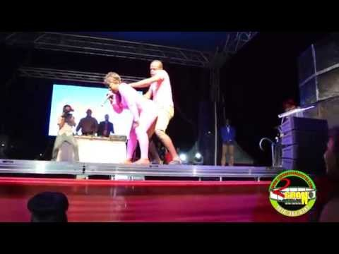 Dj Spice Female Sensation Tek Four Man On Stage