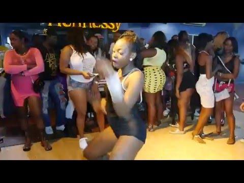 BOUNTY SUNDAYS BOUNTY KILLA K-QUEENS  NOV 1 2015 VIDEO FACE ISLAND JAMS