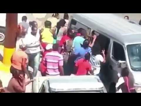 Vybz Kartel On His Way From The Hospital Crowd Goes Crazy For the Gaza Boss September 25 2017