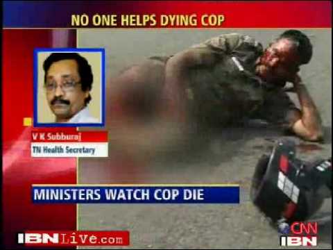 India ministers watch as cop bleeds to death