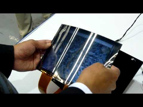 Toshiba flexes its paper-thin LCD muscle