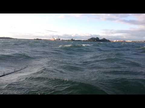 Waves on the Niagara