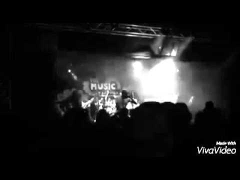 Dead Eyes Always Dreaming: Bloodshed(live)