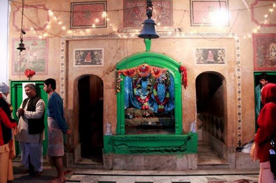 The Chippiwada temple hall