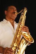 NEA Jazz Master Benny Golson Performs to Sell Out Audience Opening Night! Bohemian Caverns * The Show is Hot! RSVP Now!