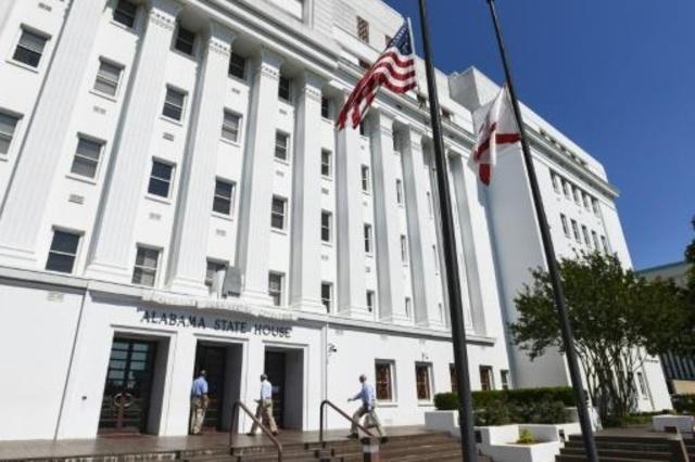Ofensiva conservadora contra el aborto tiene la mira en la Corte Suprema de EEUU