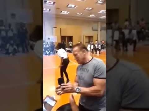 Arnold Schwarzenegger Saldırı (gets attacked in South Africa) 2019