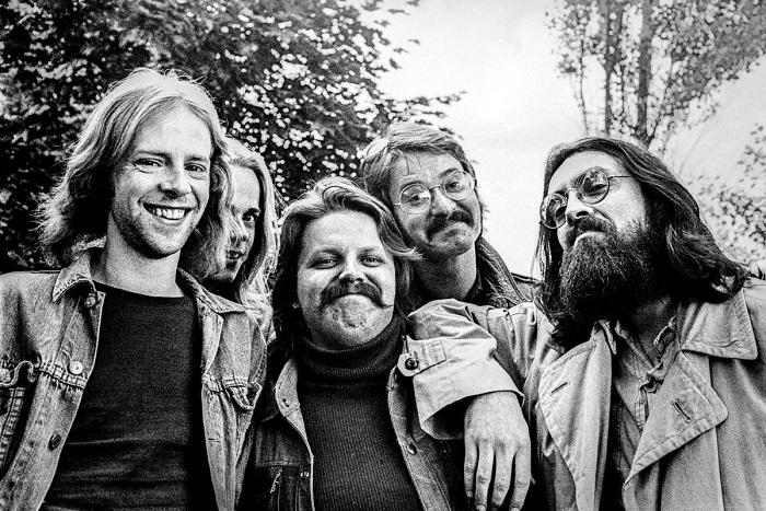 Legendary Finnish Blues & Rock musician Jim Pembroke talks about the Rock n' Roll counterculture – Blues.Gr